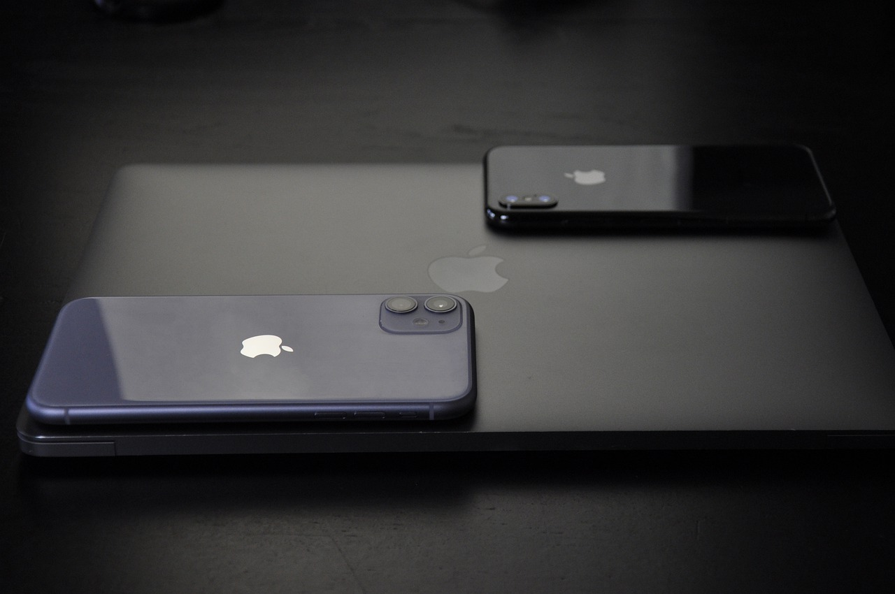Kiedy iPhone 11 ma stłuczoną szybkę